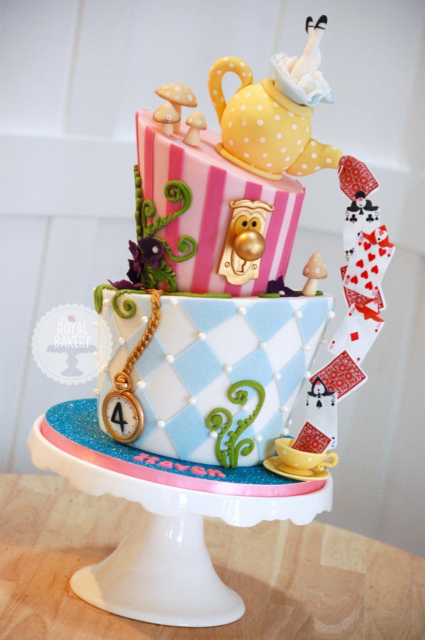 Alice In Wonderland Cakes Cake Style