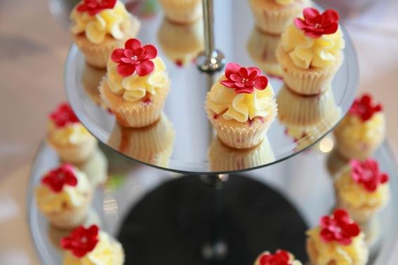 White choc raspberry cupcakes