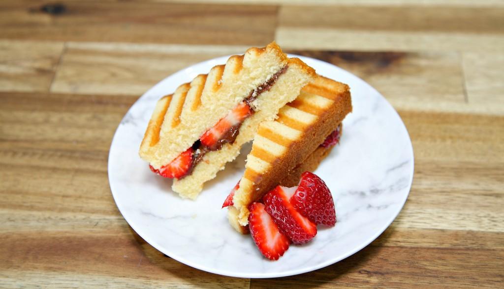 Nutella Cake Sandwich