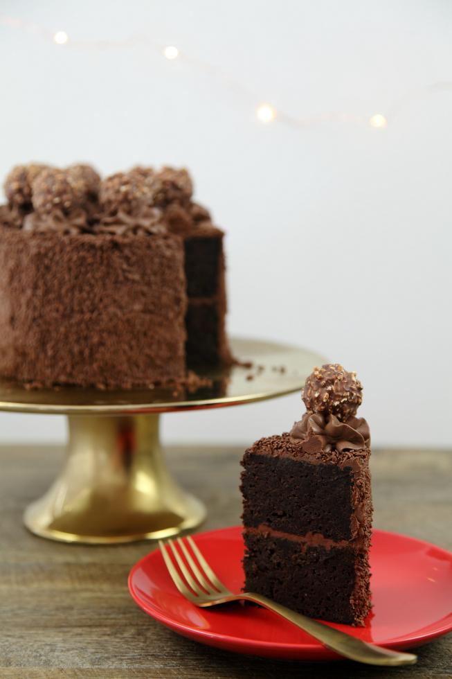 hazelnut-dark-choc-cake